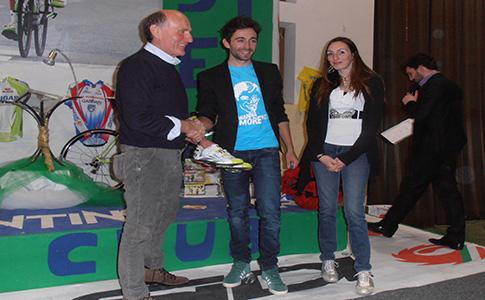 Moreno Moser dona fondi all'istituto scolastico di Mirabello