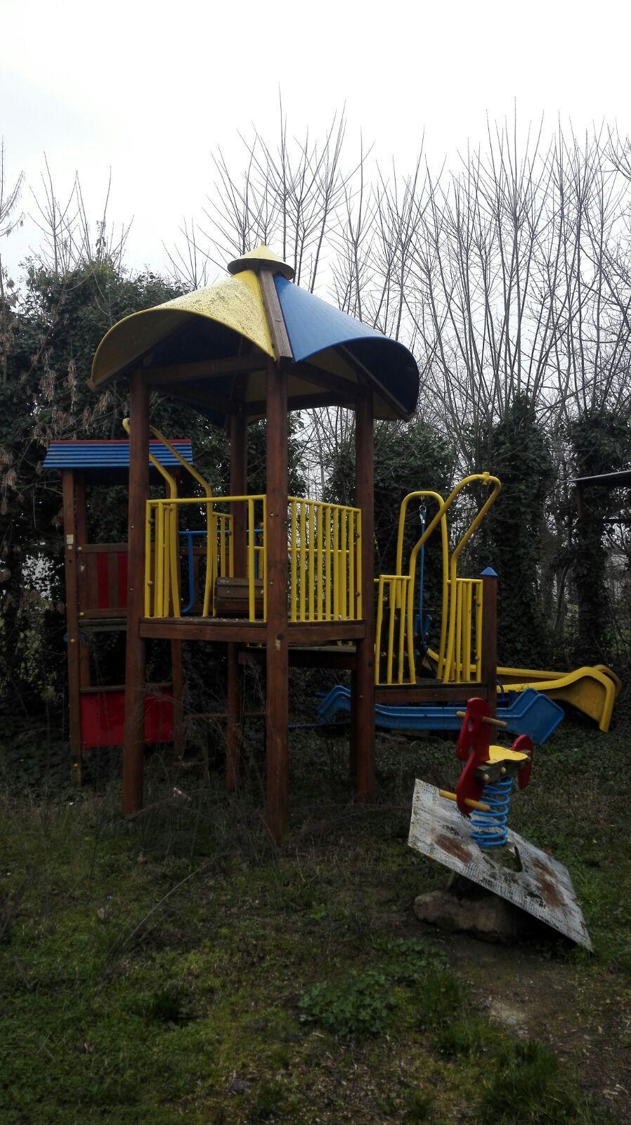Contri punta il dito sul degrado dei giardini di XII Morelli: frazione dimenticata!