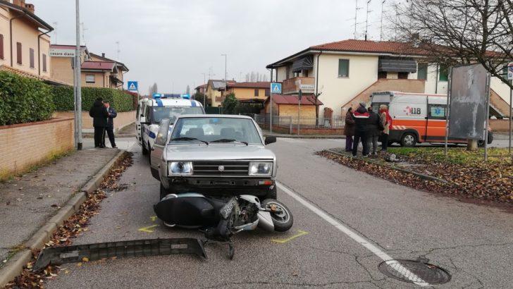 RENAZZO DI CENTO (FE) INCIDENTE FRA AUTO E CICLOMOTORE A RENAZZO!